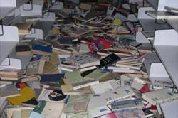 3階一般図書閉架書庫の図書資料落下状況