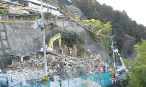 崩落した擁壁等の復旧活動